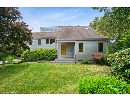 Casa Unifamiliar por un Venta en 45 Appleseed 45 Appleseed Eastham, Massachusetts 02642 Estados Unidos