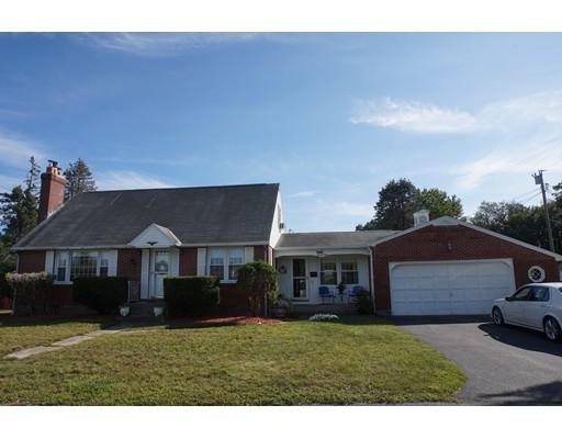واحد منزل الأسرة للـ Sale في 21 Linda Street Fitchburg, Massachusetts 01420 United States
