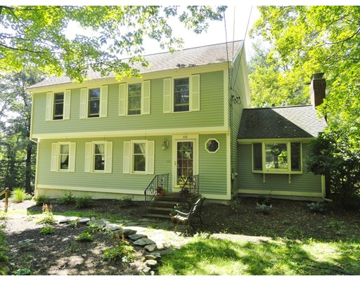 Single Family Home for Sale at 131 Green Street 131 Green Street Leicester, Massachusetts 01524 United States