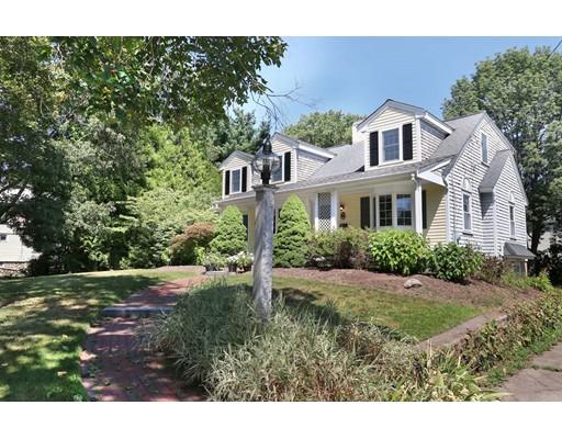 Casa Unifamiliar por un Venta en 43 Baker Street Foxboro, Massachusetts 02035 Estados Unidos