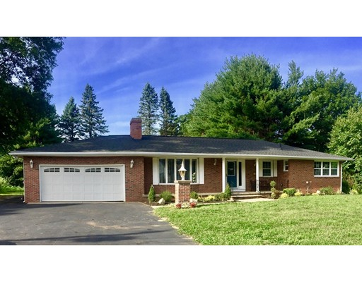 Additional photo for property listing at 32 Emerson Road 32 Emerson Road Agawam, Massachusetts 01001 États-Unis