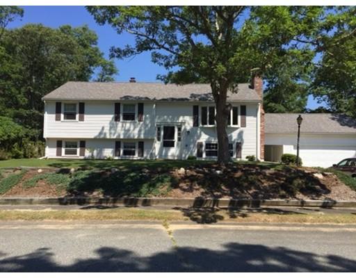 واحد منزل الأسرة للـ Sale في 119 Sailfish Falmouth, Massachusetts 02356 United States