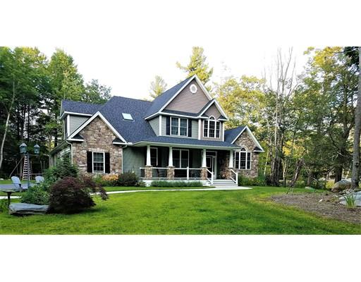 واحد منزل الأسرة للـ Sale في 98 Crooked Ledge Road Southampton, Massachusetts 01073 United States