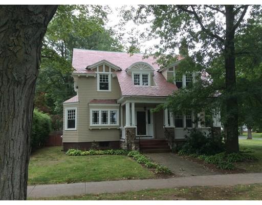Casa Unifamiliar por un Alquiler en 201 Longmeadow Street Longmeadow, Massachusetts 01106 Estados Unidos