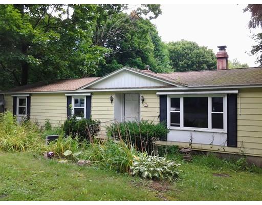 Частный односемейный дом для того Продажа на 71 Taconic Avenue Lenox, Массачусетс 01240 Соединенные Штаты