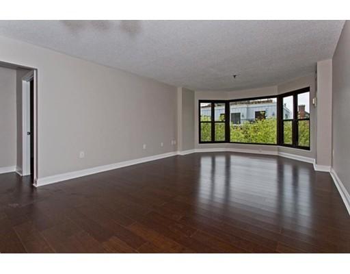 Condominio por un Alquiler en 16 Harcourt #5D 16 Harcourt #5D Boston, Massachusetts 02116 Estados Unidos