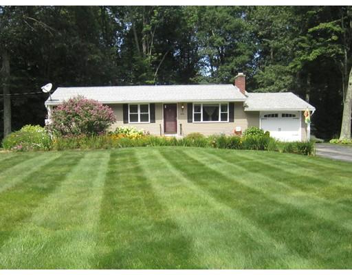 Casa Unifamiliar por un Venta en 896 Salisbury Street Holden, Massachusetts 01520 Estados Unidos