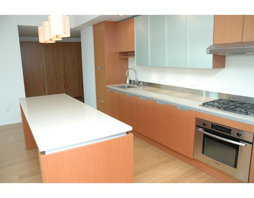 独户住宅 为 出租 在 141 Dorchester Avenue 波士顿, 马萨诸塞州 02127 美国