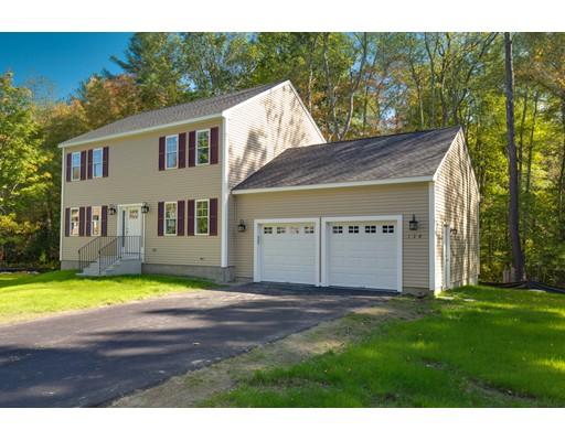Casa Unifamiliar por un Venta en 139 Quinapoxet Street Holden, Massachusetts 01522 Estados Unidos