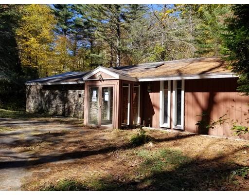 Single Family Home for Sale at 76 Stallion Hill Road Sturbridge, Massachusetts 01518 United States