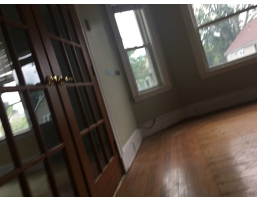 Additional photo for property listing at 199 Robbins Street  Waltham, Massachusetts 02453 United States