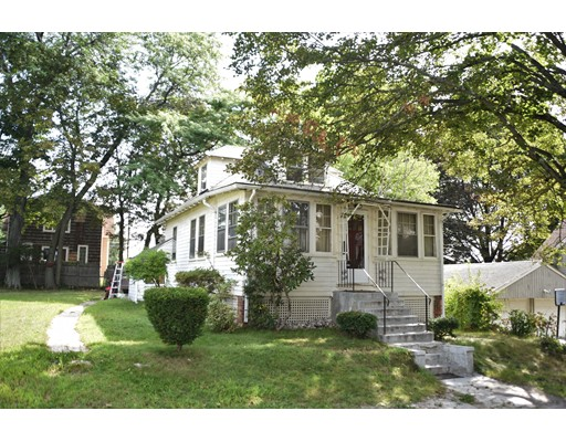 واحد منزل الأسرة للـ Sale في 31 Arbor Lane Dedham, Massachusetts 02026 United States