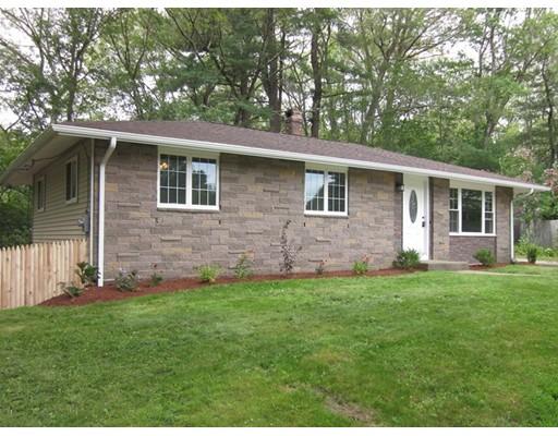 واحد منزل الأسرة للـ Sale في 15 Coderre Drive Bellingham, Massachusetts 02019 United States