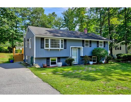 واحد منزل الأسرة للـ Sale في 15 Bradford Drive 15 Bradford Drive Merrimack, New Hampshire 03054 United States