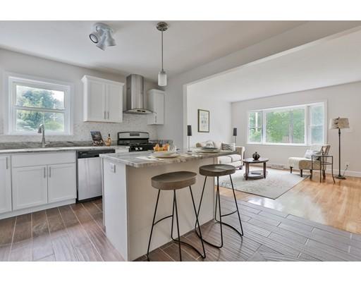 独户住宅 为 销售 在 2 Molloy Road 乔治敦, 马萨诸塞州 01833 美国
