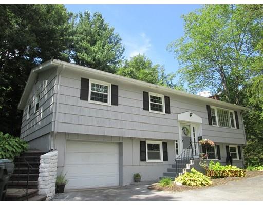 Частный односемейный дом для того Продажа на 46 Central Street Auburn, Массачусетс 01501 Соединенные Штаты