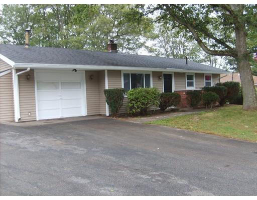 Частный односемейный дом для того Продажа на 373 Hovendon Avenue Brockton, Массачусетс 02301 Соединенные Штаты