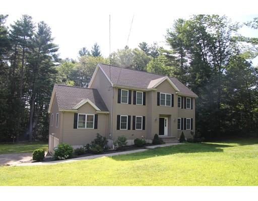 Частный односемейный дом для того Продажа на 13 Walker Street Medway, Массачусетс 02053 Соединенные Штаты