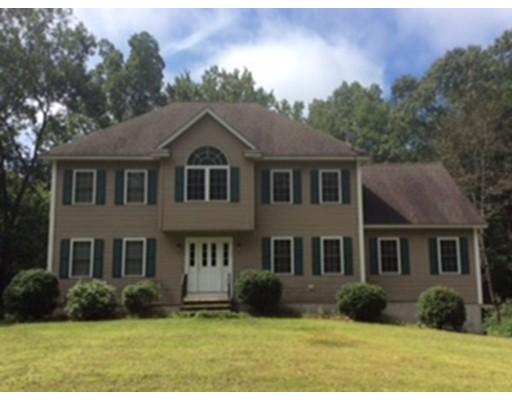 Maison unifamiliale pour l Vente à 380 Richardson Road Dracut, Massachusetts 01826 États-Unis