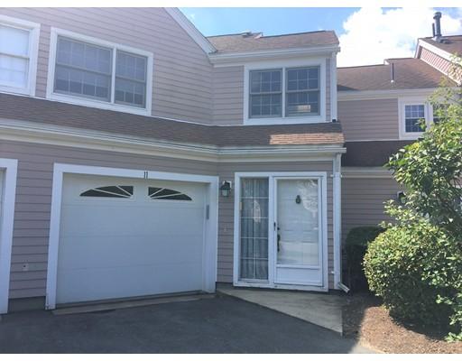 Casa unifamiliar adosada (Townhouse) por un Alquiler en 11 Drake Circle #11 11 Drake Circle #11 Walpole, Massachusetts 02081 Estados Unidos