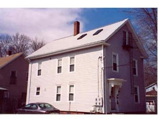 Многосемейный дом для того Продажа на 7 Elbow Street Attleboro, Массачусетс 02703 Соединенные Штаты