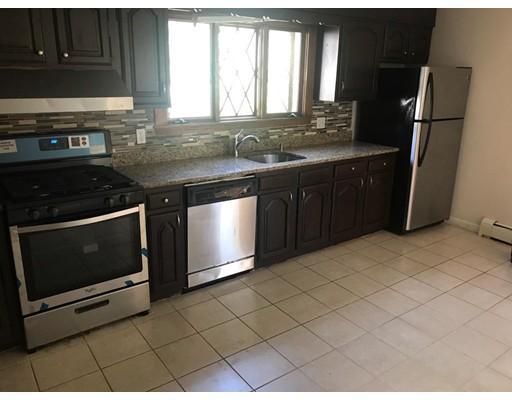独户住宅 为 出租 在 78 Washington Street 莫尔登, 02148 美国