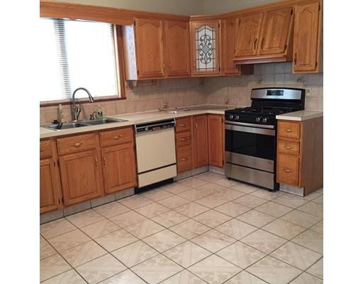 独户住宅 为 出租 在 19 Yale Street 梅福德, 02155 美国