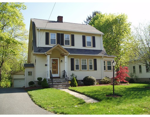 Single Family Home for Rent at 17 Lawrence Road Wellesley, 02482 United States