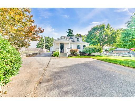 Maison unifamiliale pour l Vente à 19 Alvin Street East Longmeadow, Massachusetts 01028 États-Unis