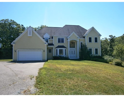 واحد منزل الأسرة للـ Sale في 84 Norris Road Bourne, Massachusetts 02562 United States