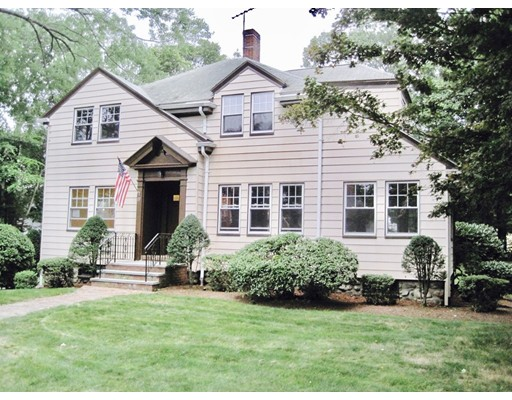 Single Family Home for Rent at 15 Woodleigh Road 15 Woodleigh Road Dedham, Massachusetts 02026 United States