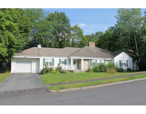 15 Maxdale Rd, Worcester, MA 01602