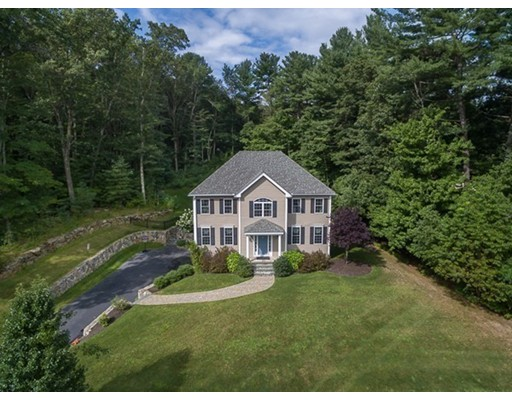 Single Family Home for Sale at 1 Londonderry Lane 1 Londonderry Lane Georgetown, Massachusetts 01833 United States