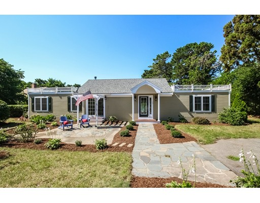 Частный односемейный дом для того Продажа на 157 Abbey Gate Road Barnstable, Массачусетс 02635 Соединенные Штаты