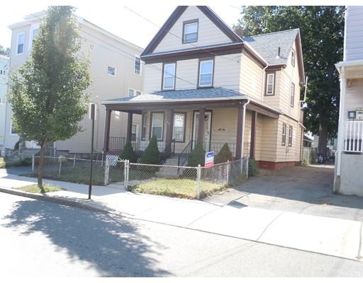 Maison unifamiliale pour l Vente à 92 Malden Street Everett, Massachusetts 02149 États-Unis