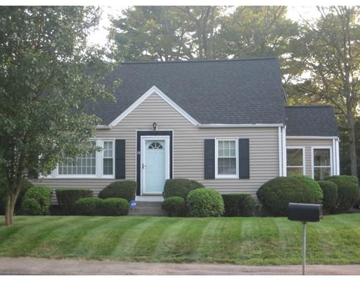 Casa Unifamiliar por un Venta en 19 Oak Street Foxboro, Massachusetts 02035 Estados Unidos