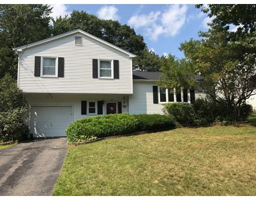 Maison unifamiliale pour l Vente à 199 Chamberlain Street Torrington, Connecticut 06790 États-Unis