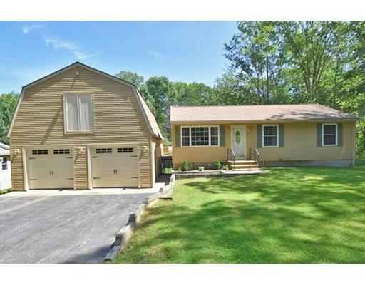 واحد منزل الأسرة للـ Sale في 22 Corbin Road Dudley, Massachusetts 01571 United States