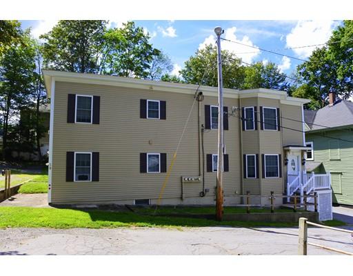 متعددة للعائلات الرئيسية للـ Sale في 19 Oak Court Clinton, Massachusetts 01510 United States