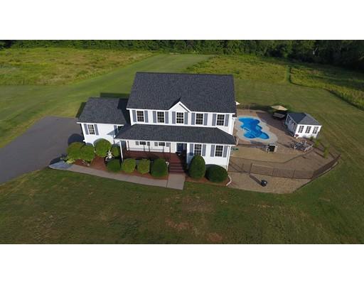 Casa Unifamiliar por un Venta en 201 College Hwy 201 College Hwy Southampton, Massachusetts 01073 Estados Unidos