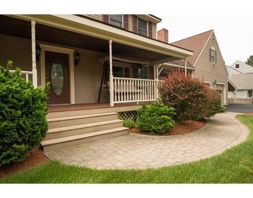 Casa Unifamiliar por un Venta en 10 Lisa Drive 10 Lisa Drive Nashua, Nueva Hampshire 03062 Estados Unidos