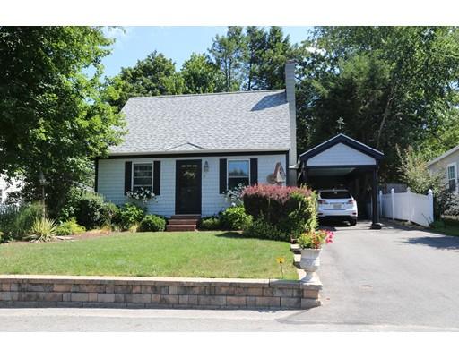 Maison unifamiliale pour l Vente à 13 Second Street Amesbury, Massachusetts 01913 États-Unis