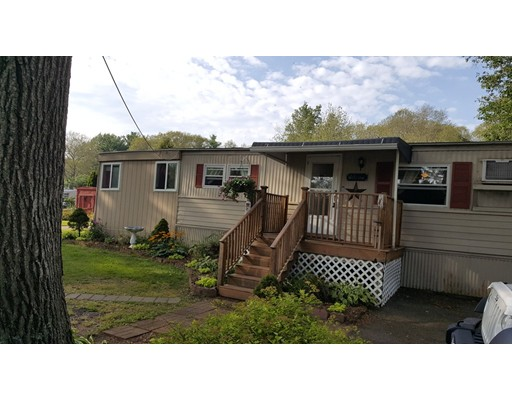 Maison unifamiliale pour l Vente à 1 STAGECOACH DRVE Brookfield, Massachusetts 01506 États-Unis