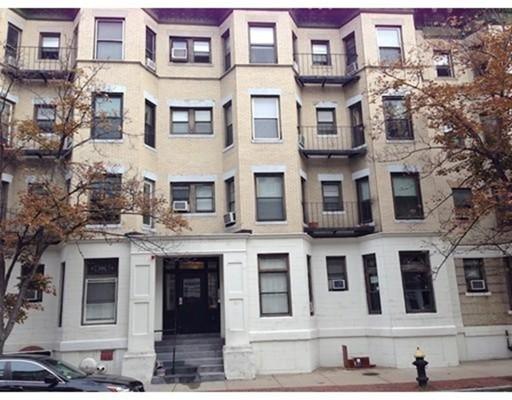 独户住宅 为 出租 在 65 Burbank Street 波士顿, 马萨诸塞州 02115 美国