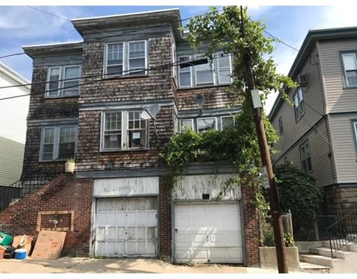 Maison avec plusieurs logements pour l Vente à 168 Bellingham Street Chelsea, Massachusetts 02150 États-Unis
