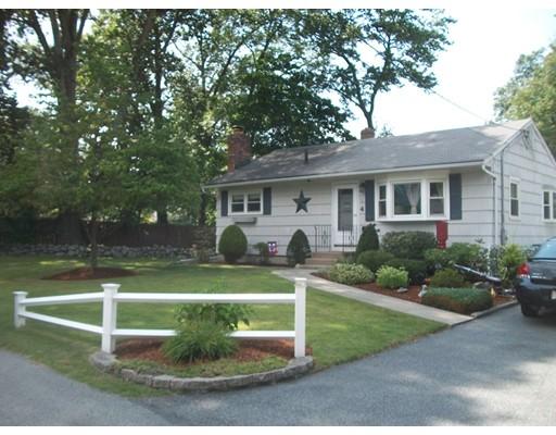 واحد منزل الأسرة للـ Sale في 4 Sawyer Street Burlington, Massachusetts 01803 United States