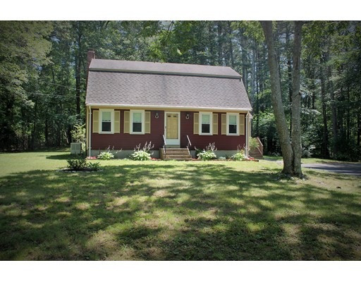Single Family Home for Sale at 119 Maryland Street Marshfield, Massachusetts 02050 United States