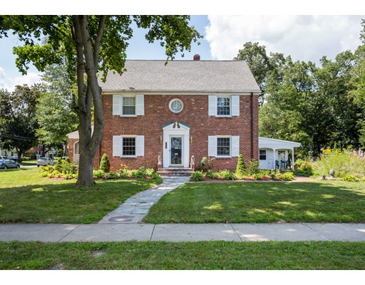 Single Family Home for Sale at 508 Laurel Street 508 Laurel Street Longmeadow, Massachusetts 01106 United States