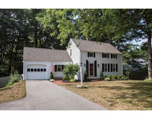 واحد منزل الأسرة للـ Sale في 38 Independence Lane Hingham, Massachusetts 02043 United States