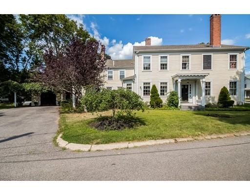 独户住宅 为 销售 在 93 South Street Bridgewater, 马萨诸塞州 02324 美国